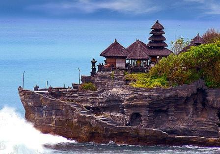 Wisata-Tanah-Lot-Bali